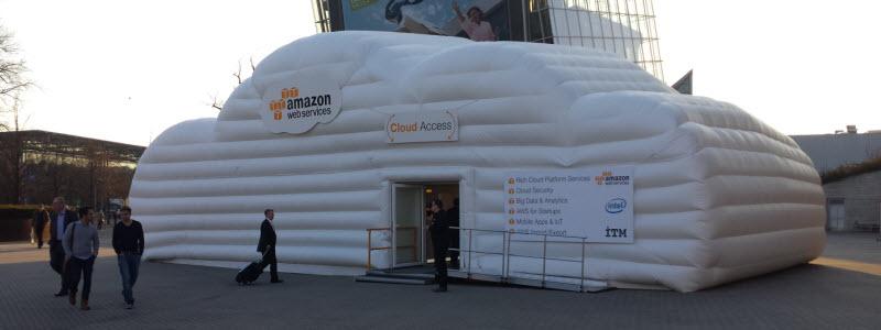 Aufgeblasener Ausstellungsraum - AMAZON Webservices